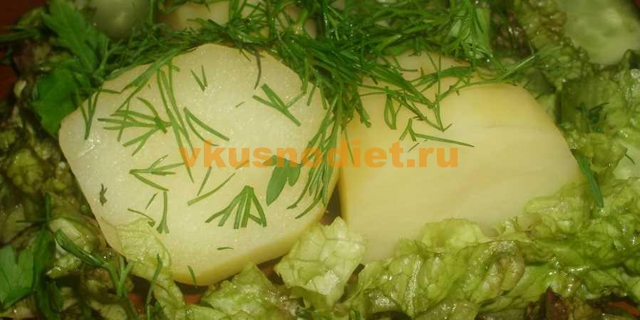 Картошка в мультиварке на пару
