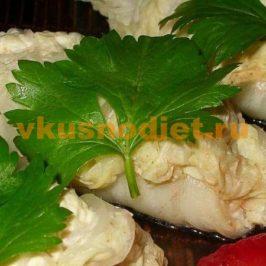 Рулетики из капусты с сыром