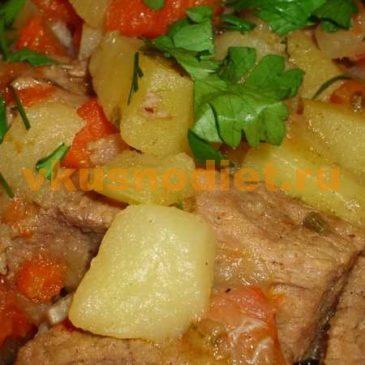 Тушеная картошка с мясом и овощами