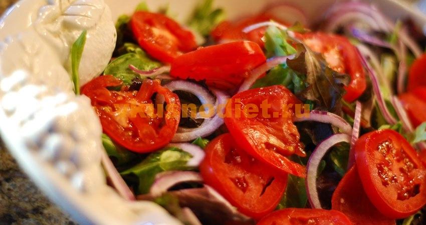 Салат из помидоров Ачик-Чучук (Шакарап)